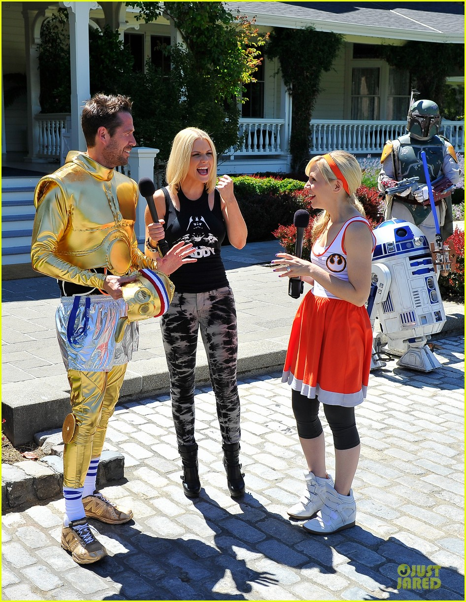 chris colfer alyson hannigan course of the force relay 212906978