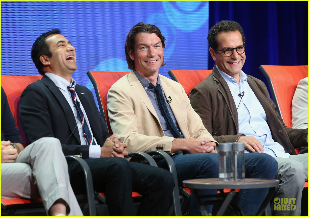 toni colette dylan mcdermott hostages at cbs summer tca tour 052919740