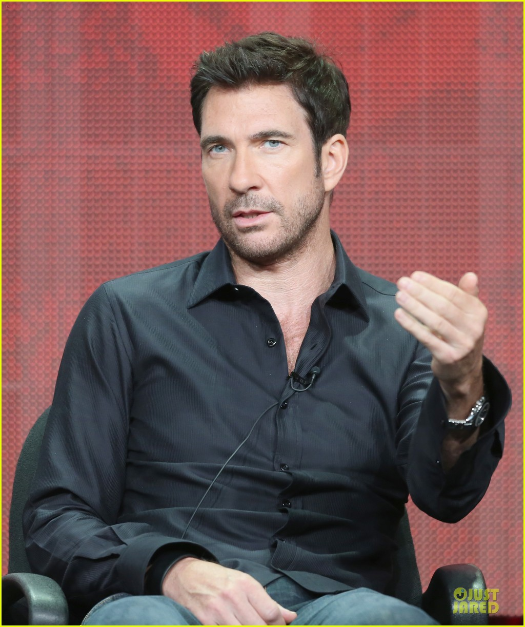 toni colette dylan mcdermott hostages at cbs summer tca tour 122919747