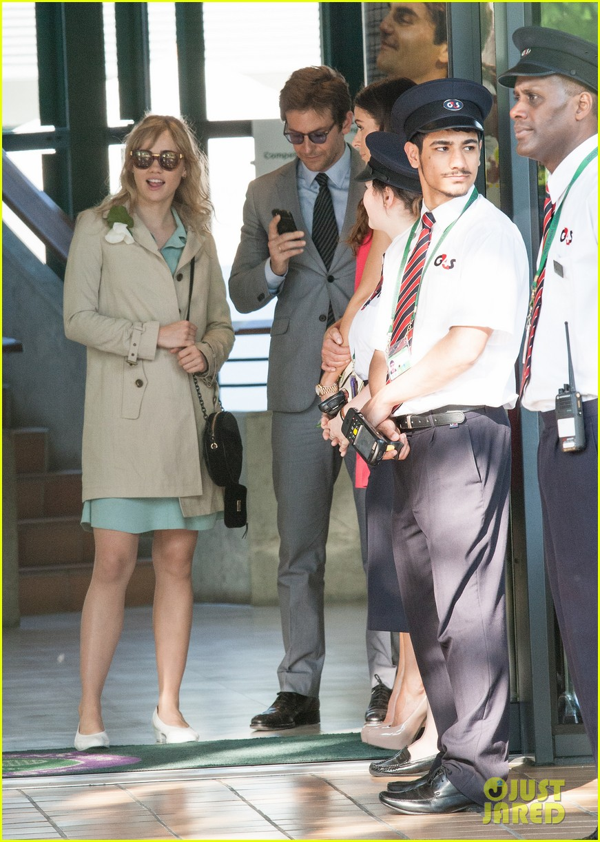 badley cooper suki waterhouse depart wimbledon after andy murray win 09