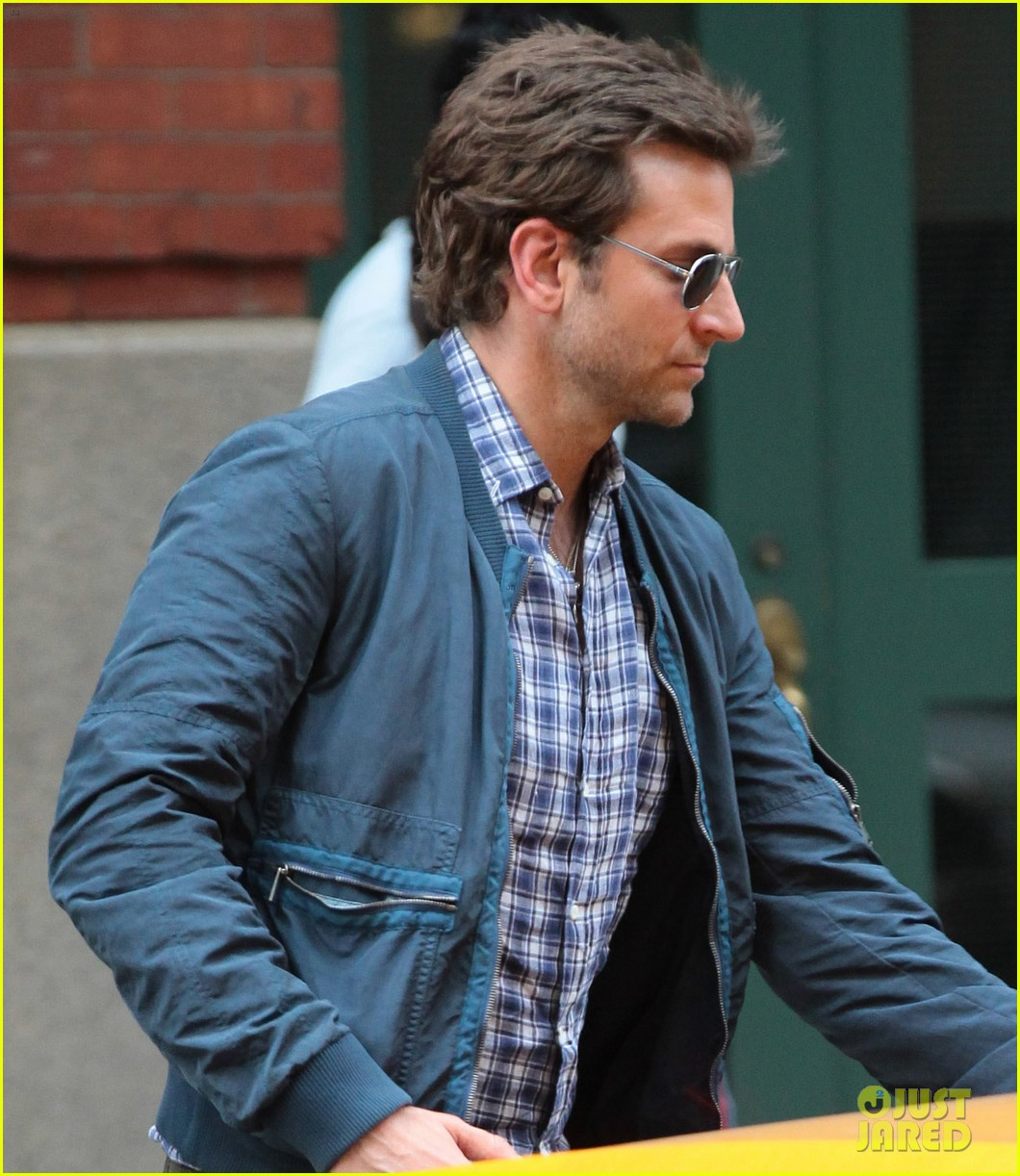 bradley cooper nyc hotel exit after wimbledon finals 012906377