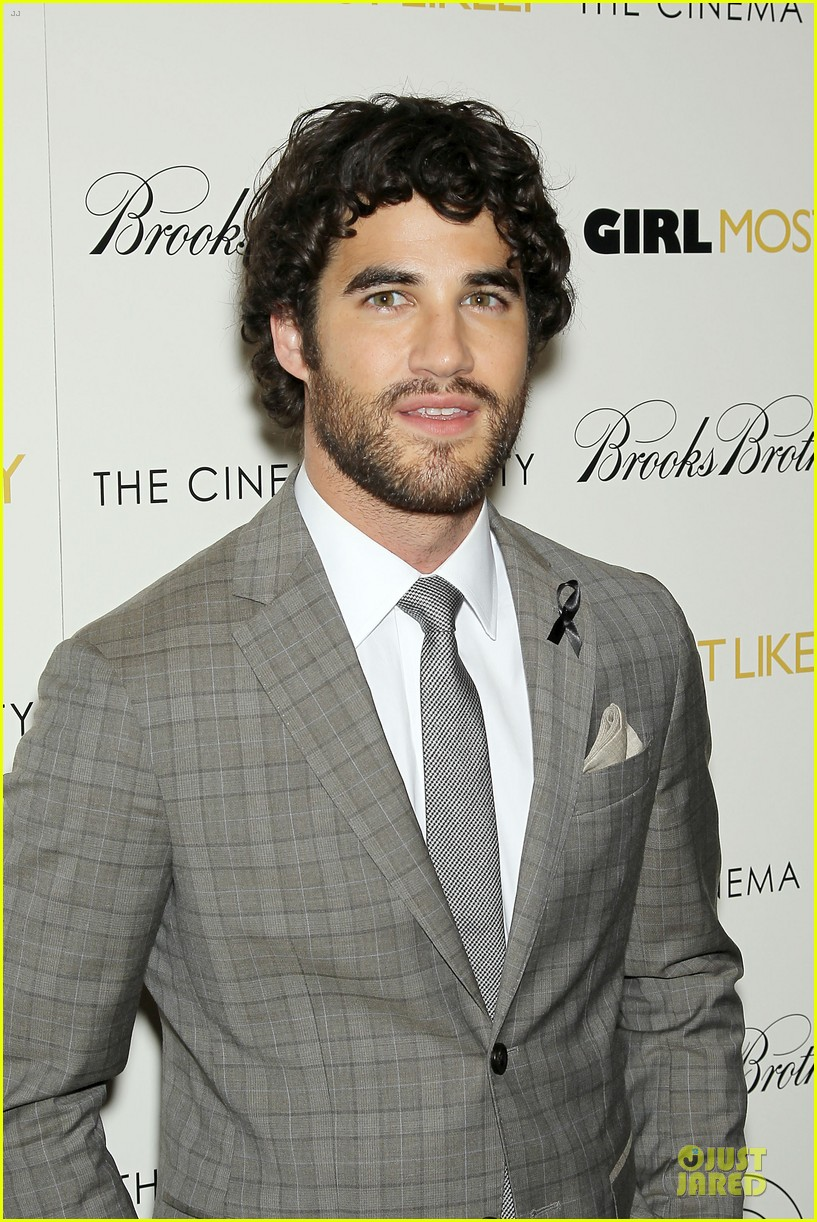 darren criss girl most likely screening after cory monteith death 04