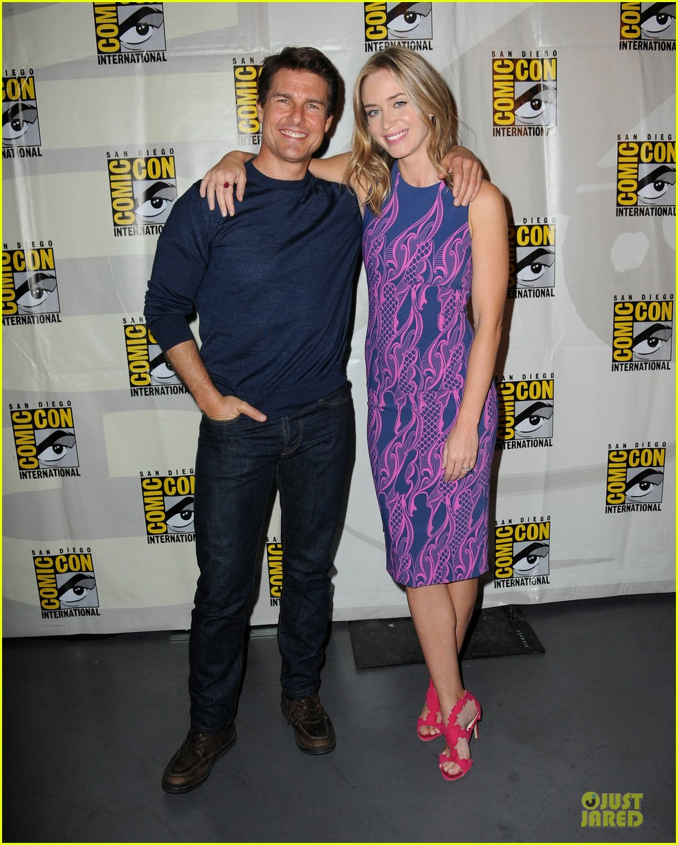 tom cruise emily blunt edge of tomorrow at comic con 012913011