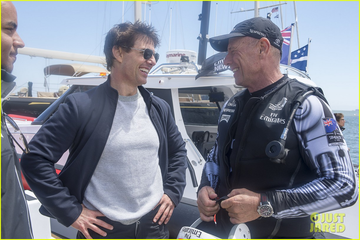 tom cruise connor emirates team new zealand sailing race 012919403