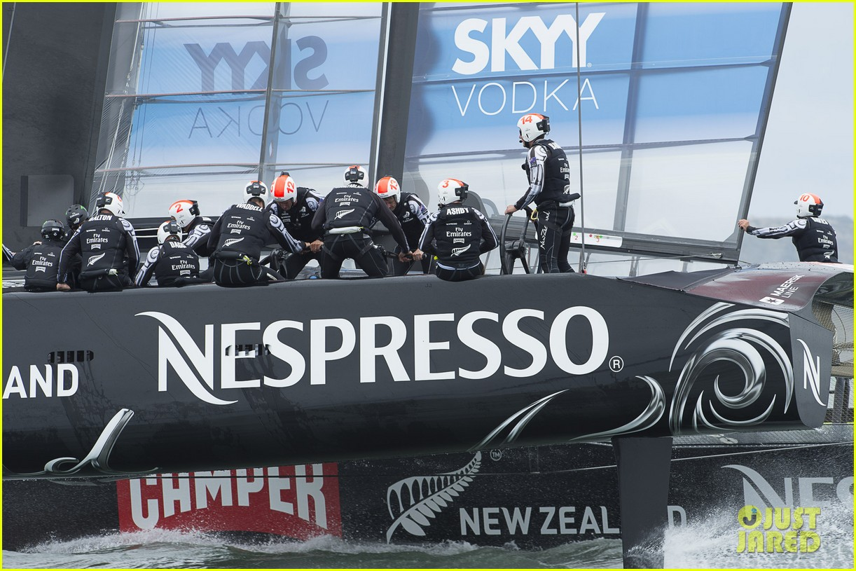tom cruise connor emirates team new zealand sailing race 082919410