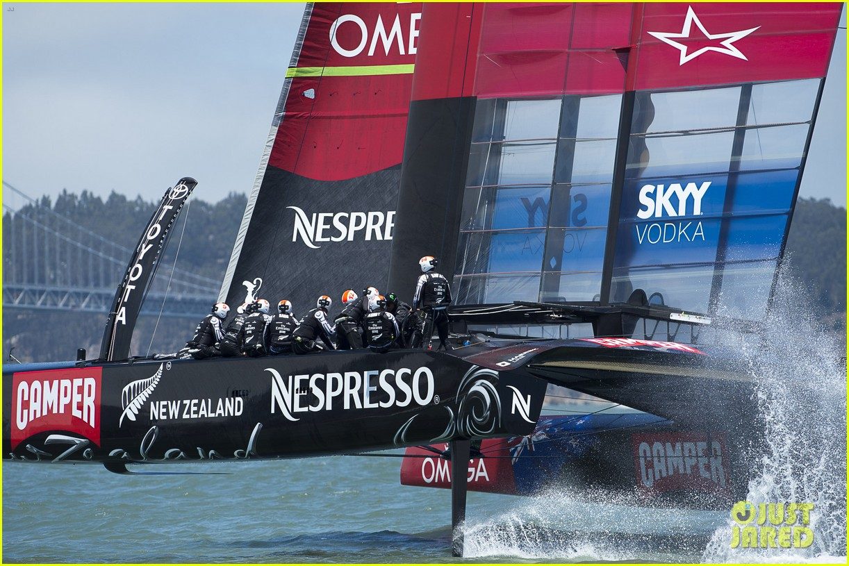 tom cruise connor emirates team new zealand sailing race 10