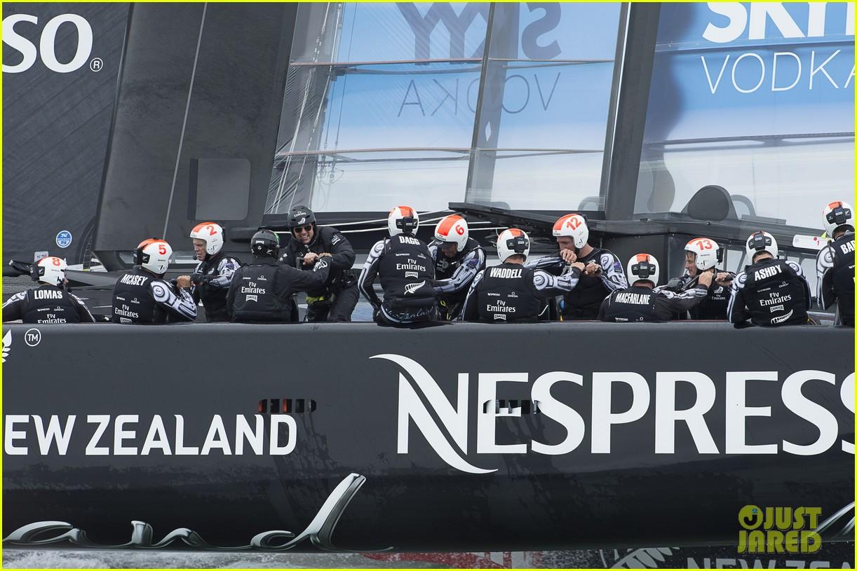 tom cruise connor emirates team new zealand sailing race 182919420