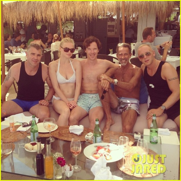 benedict cumberbatch shirtless wedding weekend 022916039
