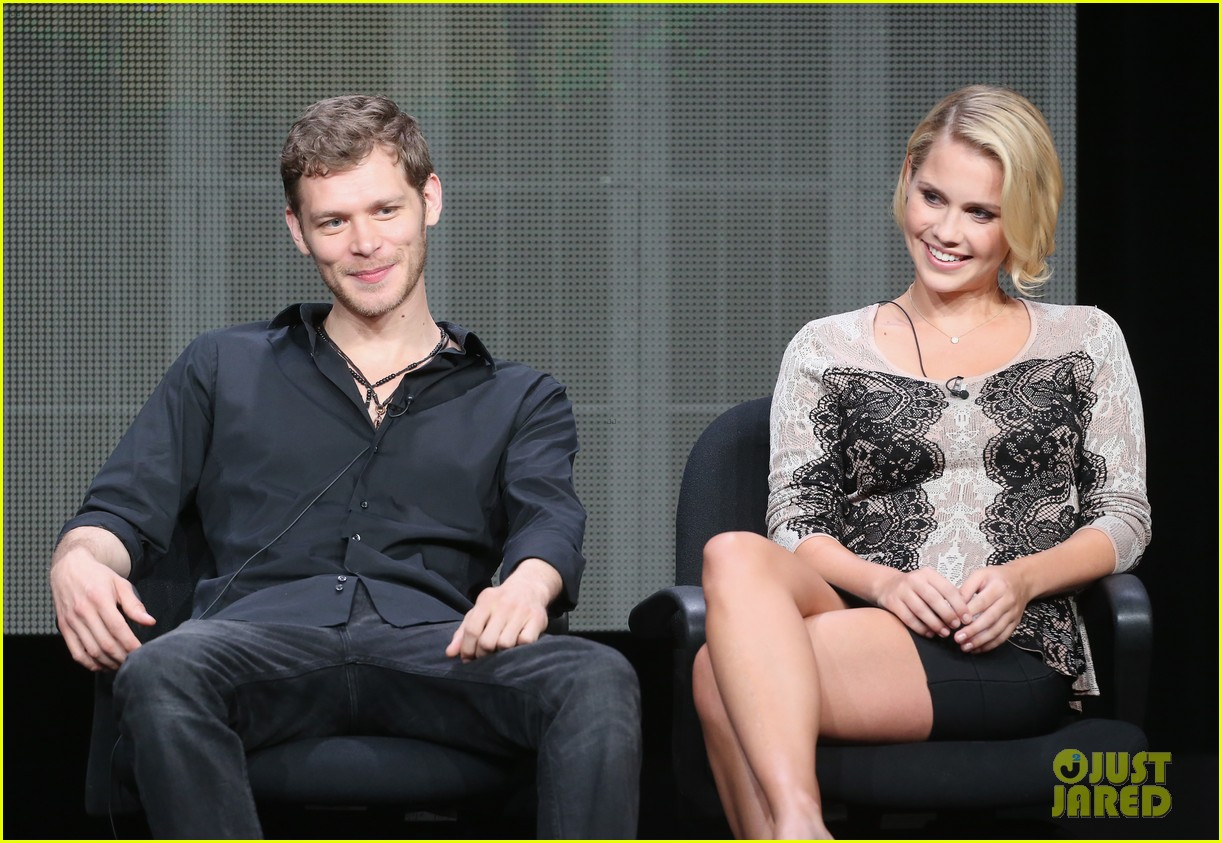 robbie amell joseph morgan thw cw at tca 2013 182920810
