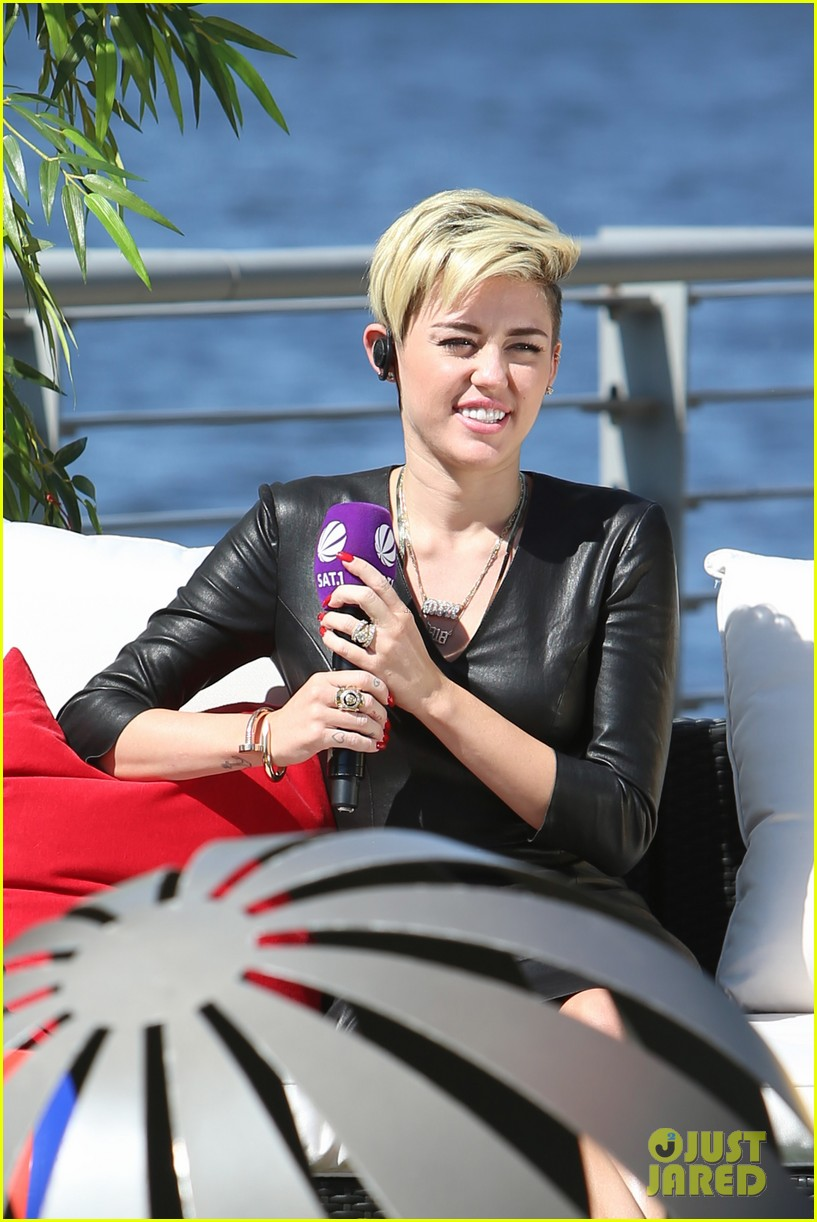 miley cyrus i told justin bieber to take a time out 042915010