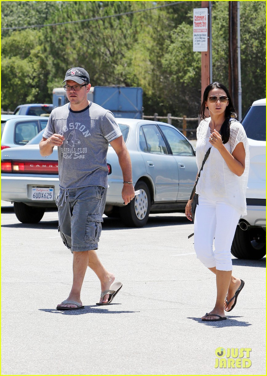 matt damon pharmacy stop after jimmy kimmels wedding 012909688