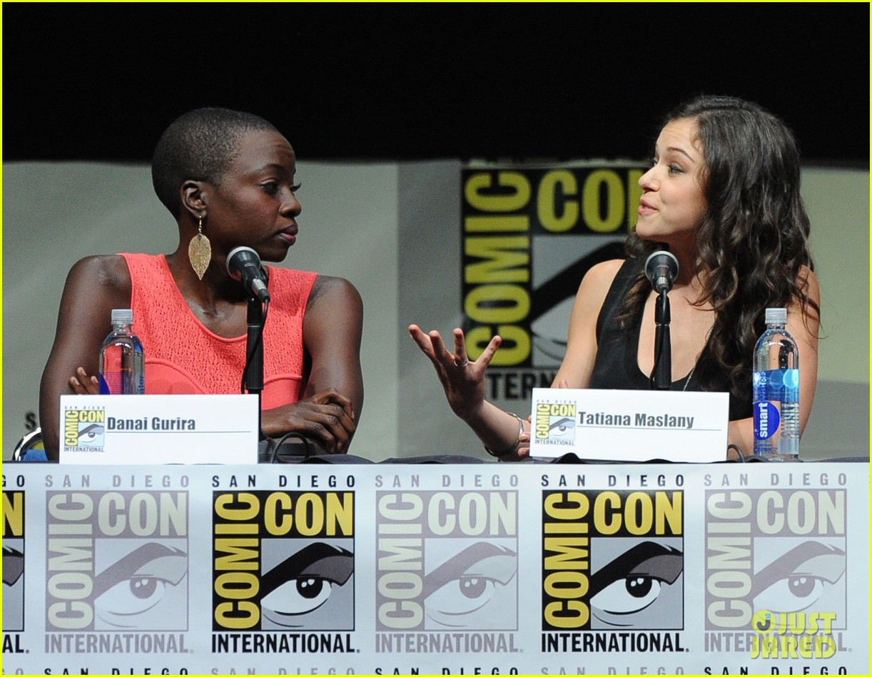 danai gurira tatiana maslany women who kick ass comic con panel 092913867