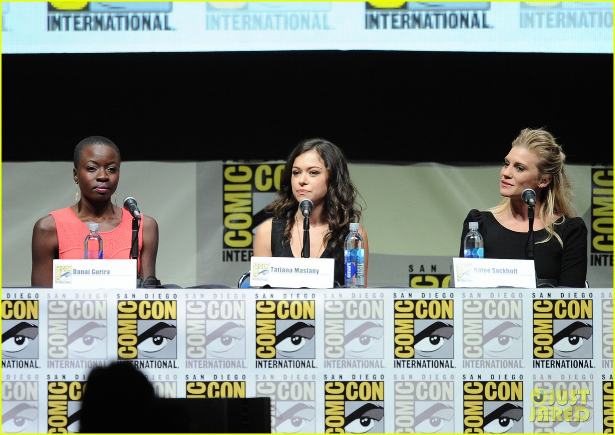 danai gurira tatiana maslany women who kick ass comic con panel 152913873