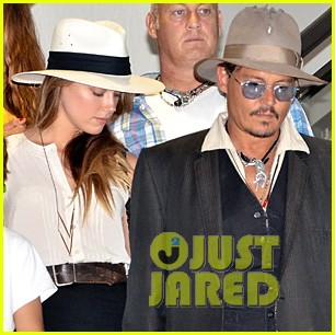 johnny depp amber heard leave japan with his kids 01