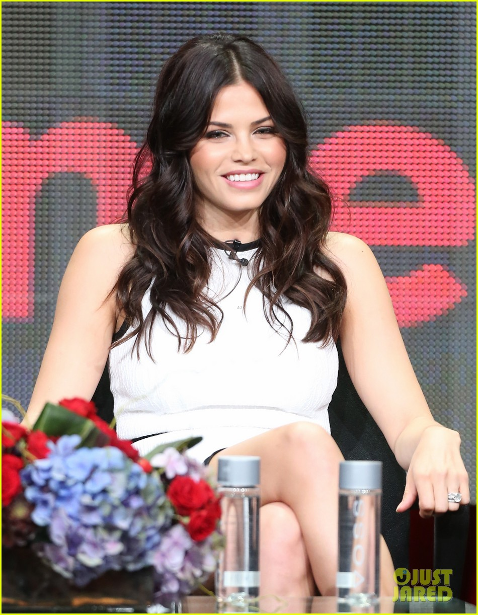 jenna dewan eric winter lifetime panel at tca tour 2013 012917793