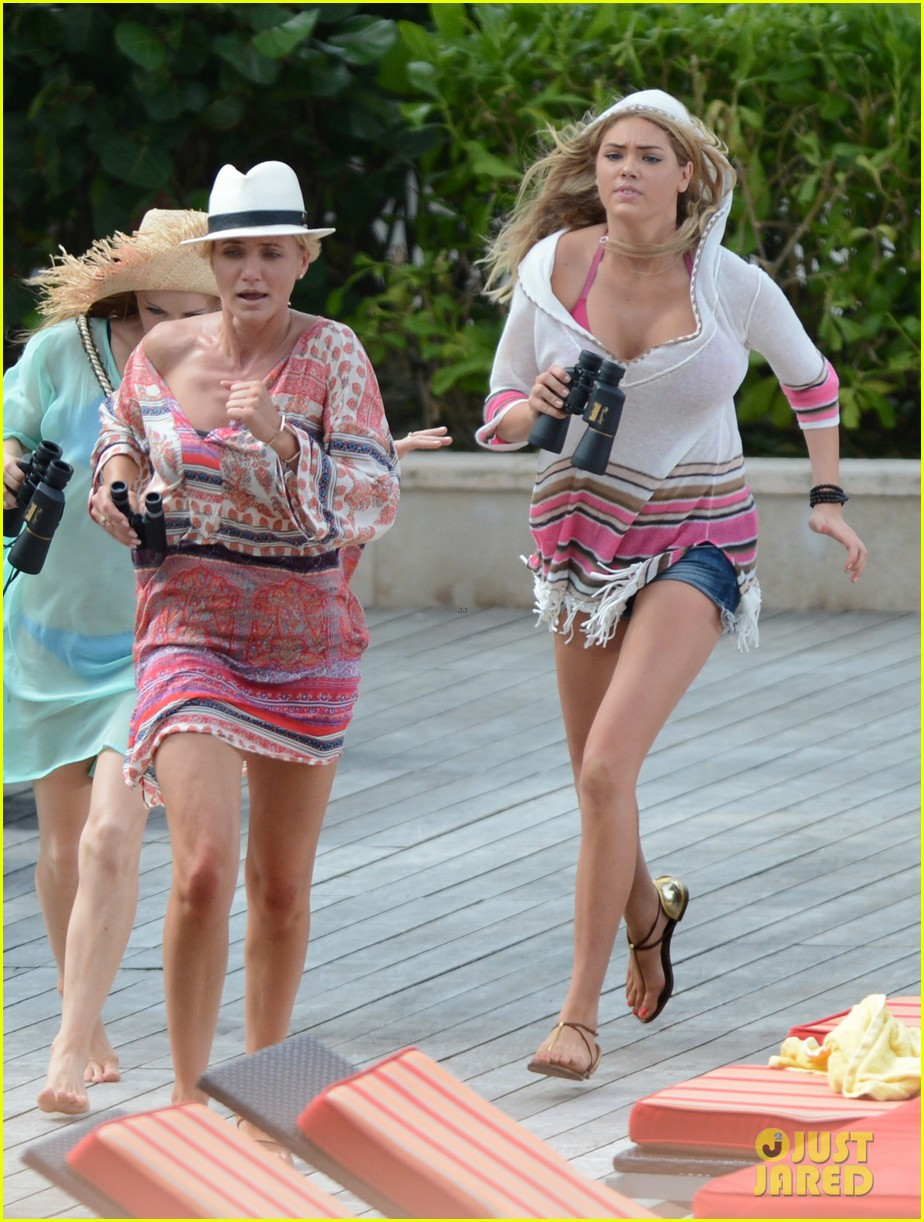 cameron diaz kate upton bikini babes in the bahamas 032914501