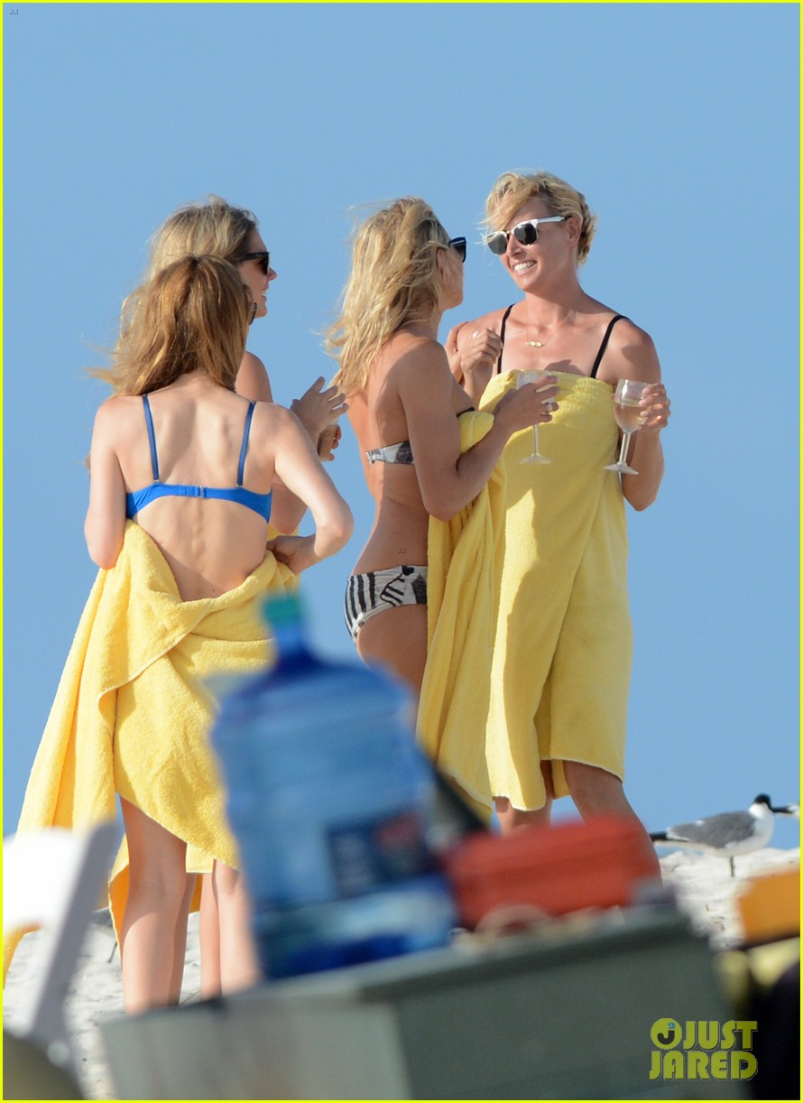 cameron diaz kate upton bikini babes in the bahamas 062914504