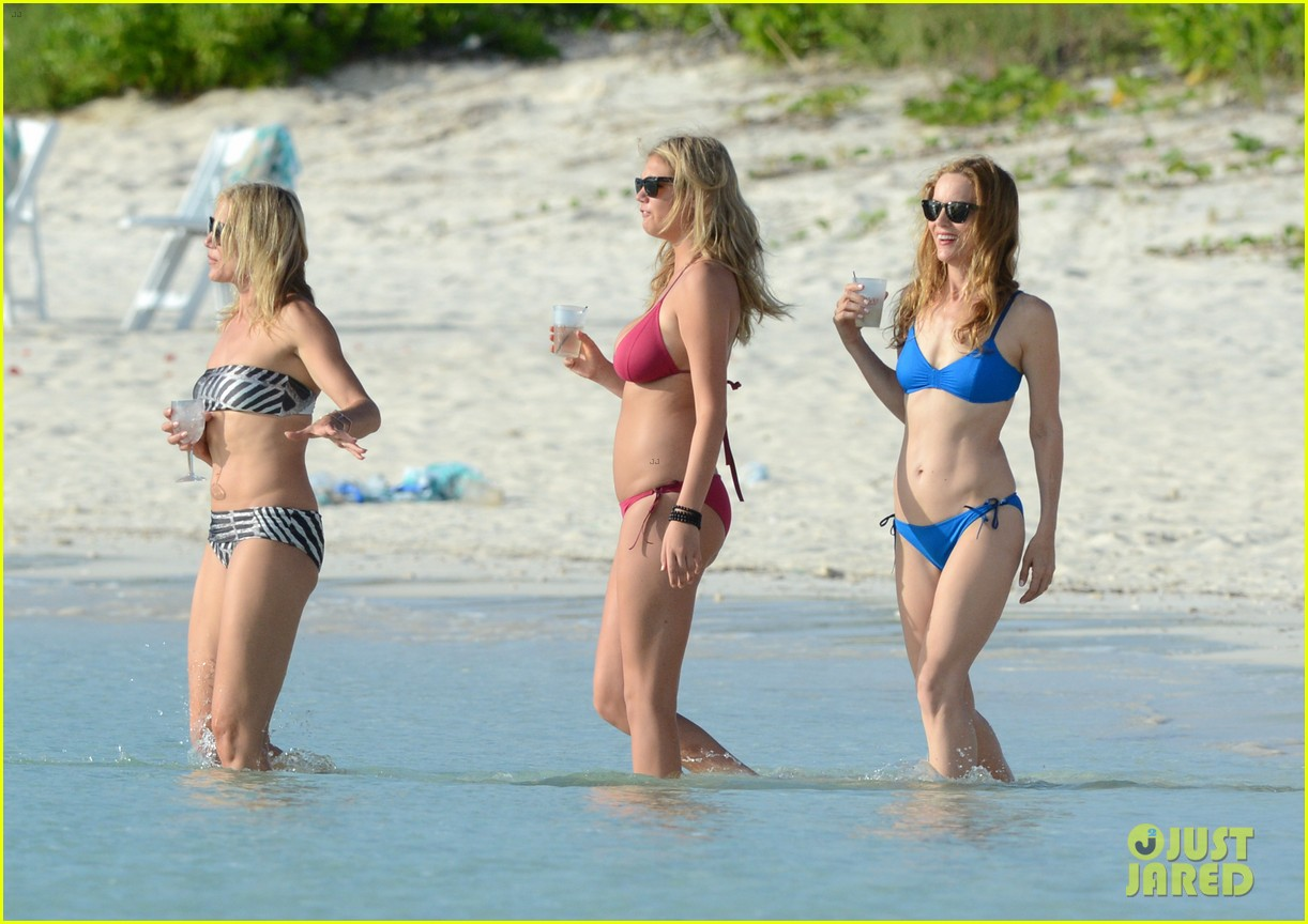 cameron diaz kate upton bikini babes in the bahamas 152914513