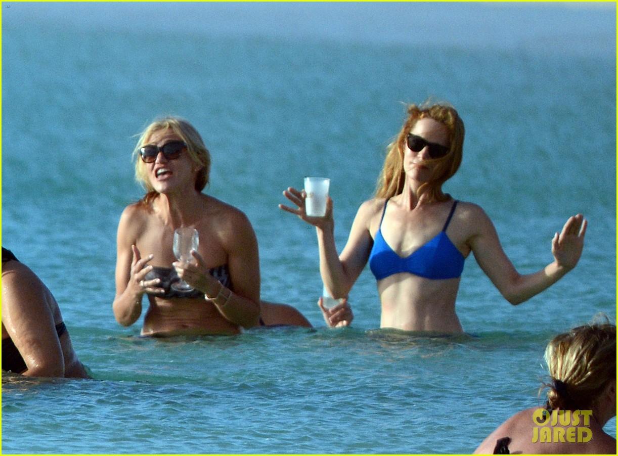 cameron diaz kate upton bikini babes in the bahamas 182914516