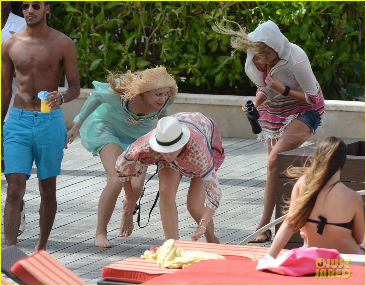 cameron diaz kate upton bikini babes in the bahamas 222914520