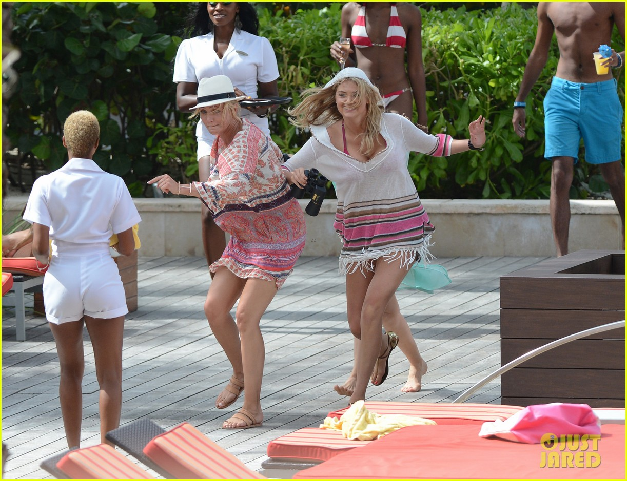 cameron diaz kate upton bikini babes in the bahamas 232914521