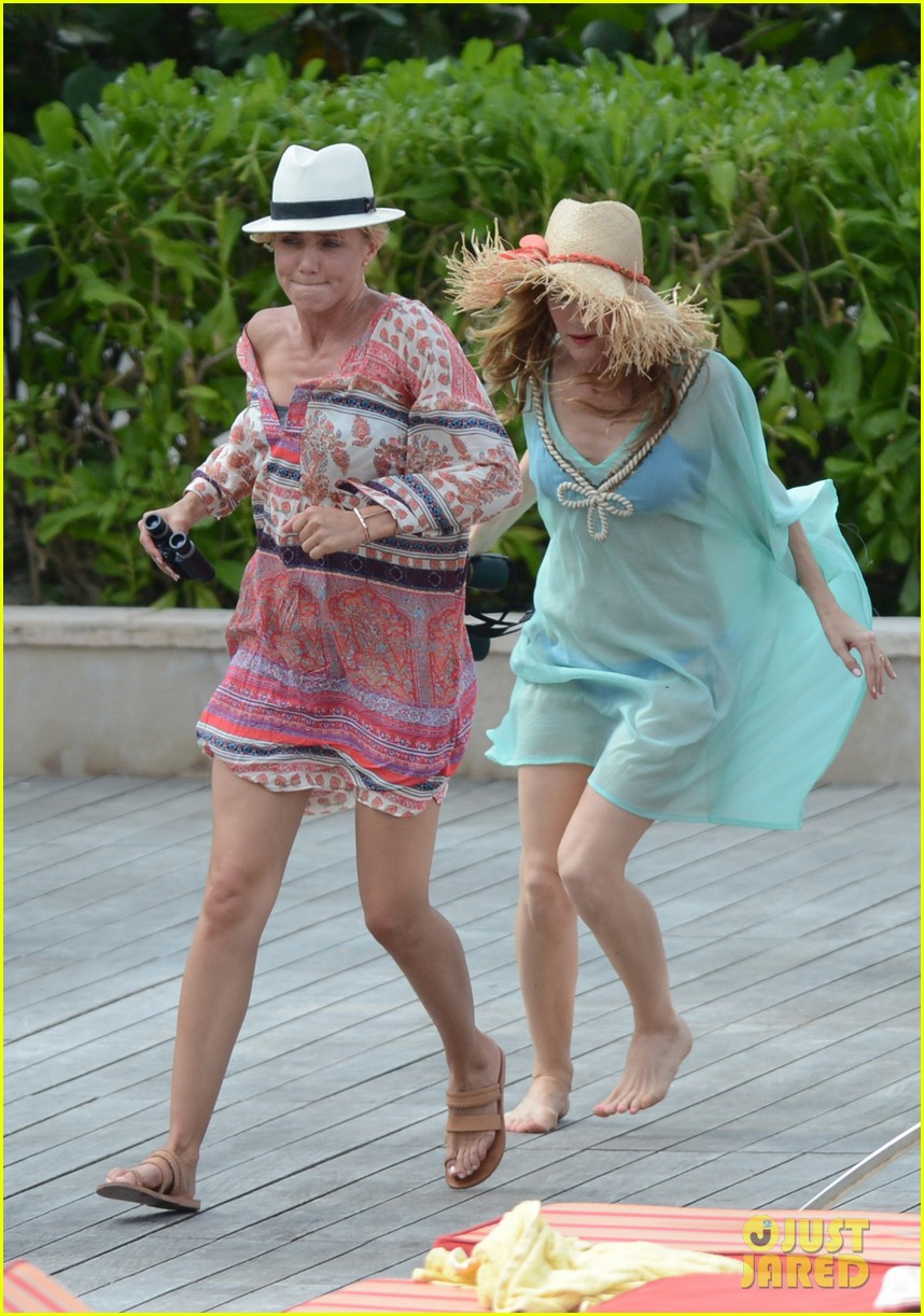 cameron diaz kate upton bikini babes in the bahamas 25