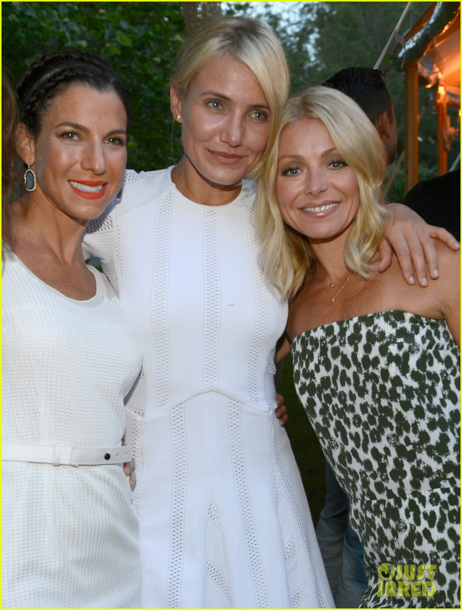 cameron diaz naomi watts baby buggy event 082919293