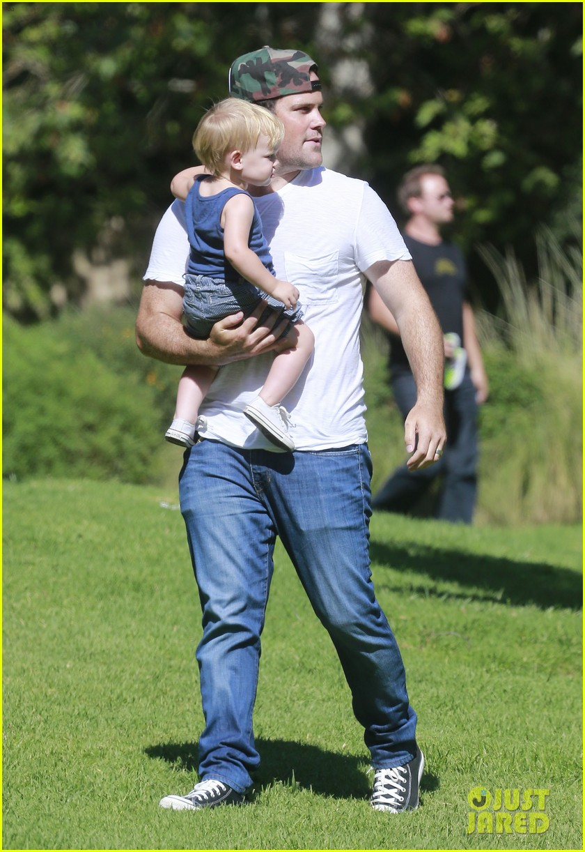 hilary duff luca is the absolute love of my life 032912155
