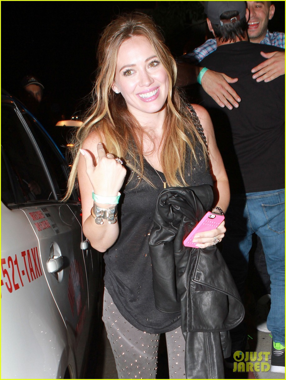 hilary duff bootsy bellows babe with mike comrie 072908865