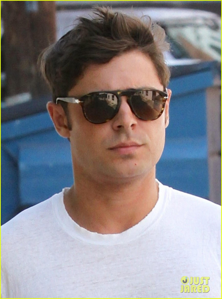 zac efron forgets to zip his fly for business meeting 032911657