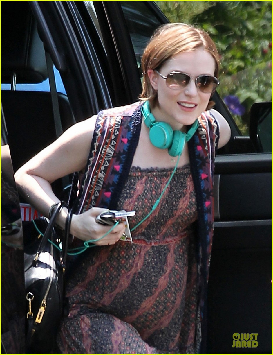 evan rachel wood waterproof cell phones are a game changer for me 022902352