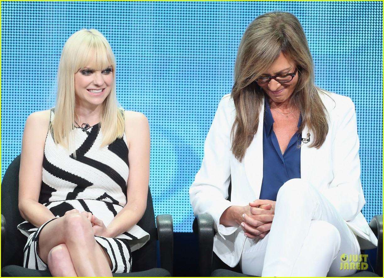 anna faris cbs summer tca party 06