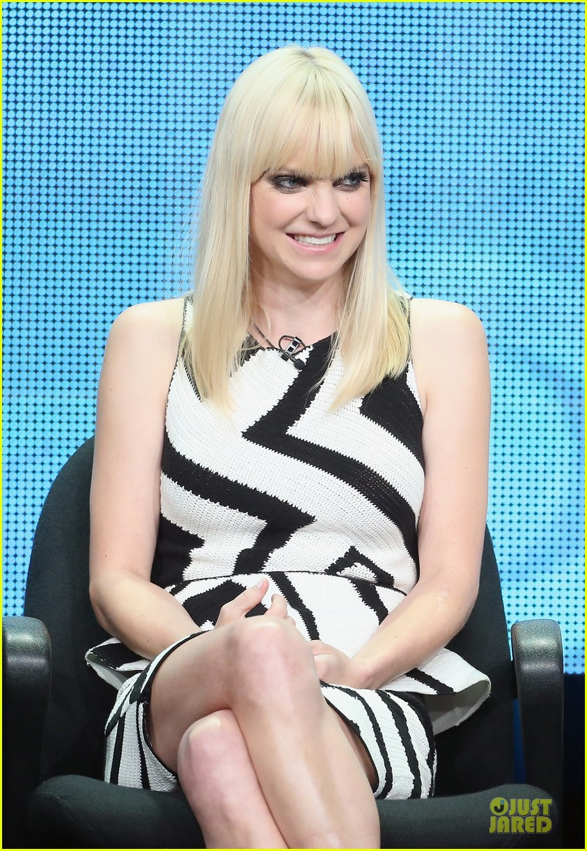 anna faris cbs summer tca party 07
