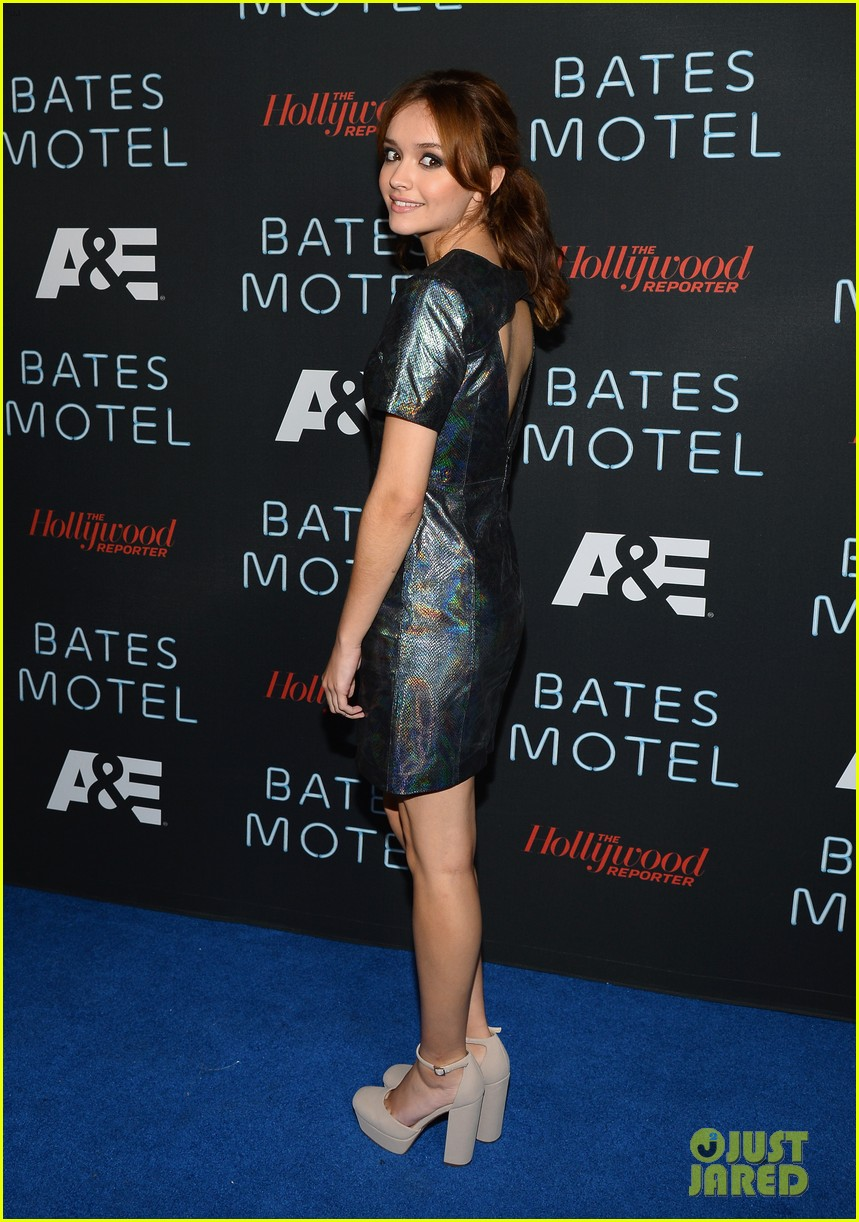 vera farmiga freddie highmore bates motel comic con party 11