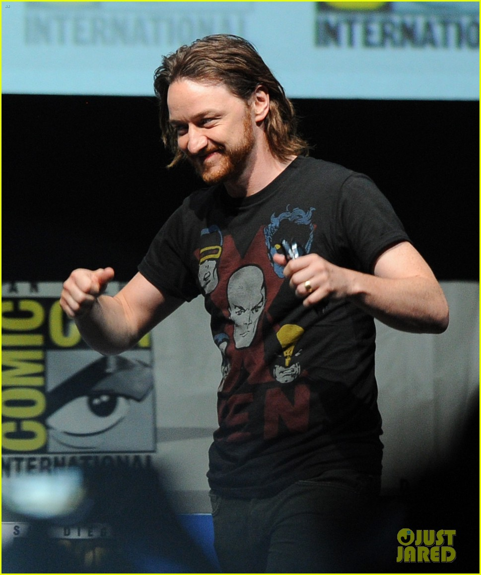 michael fassbender james mcavoy x men at comic con 132913509