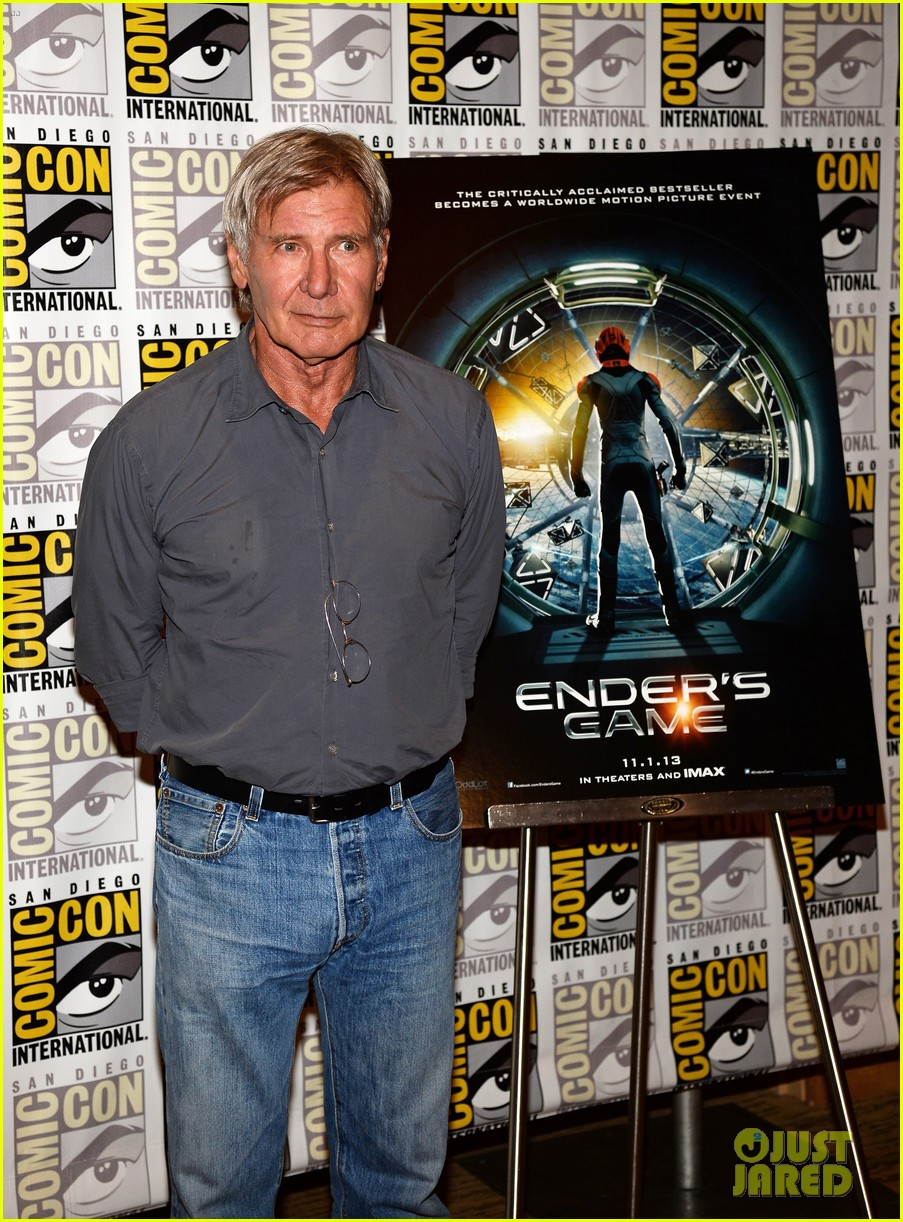 hailee steinfeld harrison ford enders game at comic con 072911666