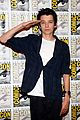 hailee steinfeld harrison ford enders game at comic con 02