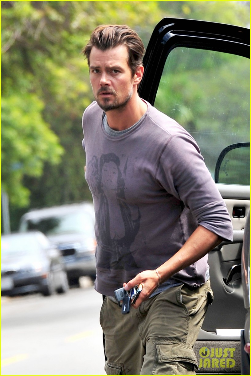fergie josh duhamel go to church before baby shower day 222919796