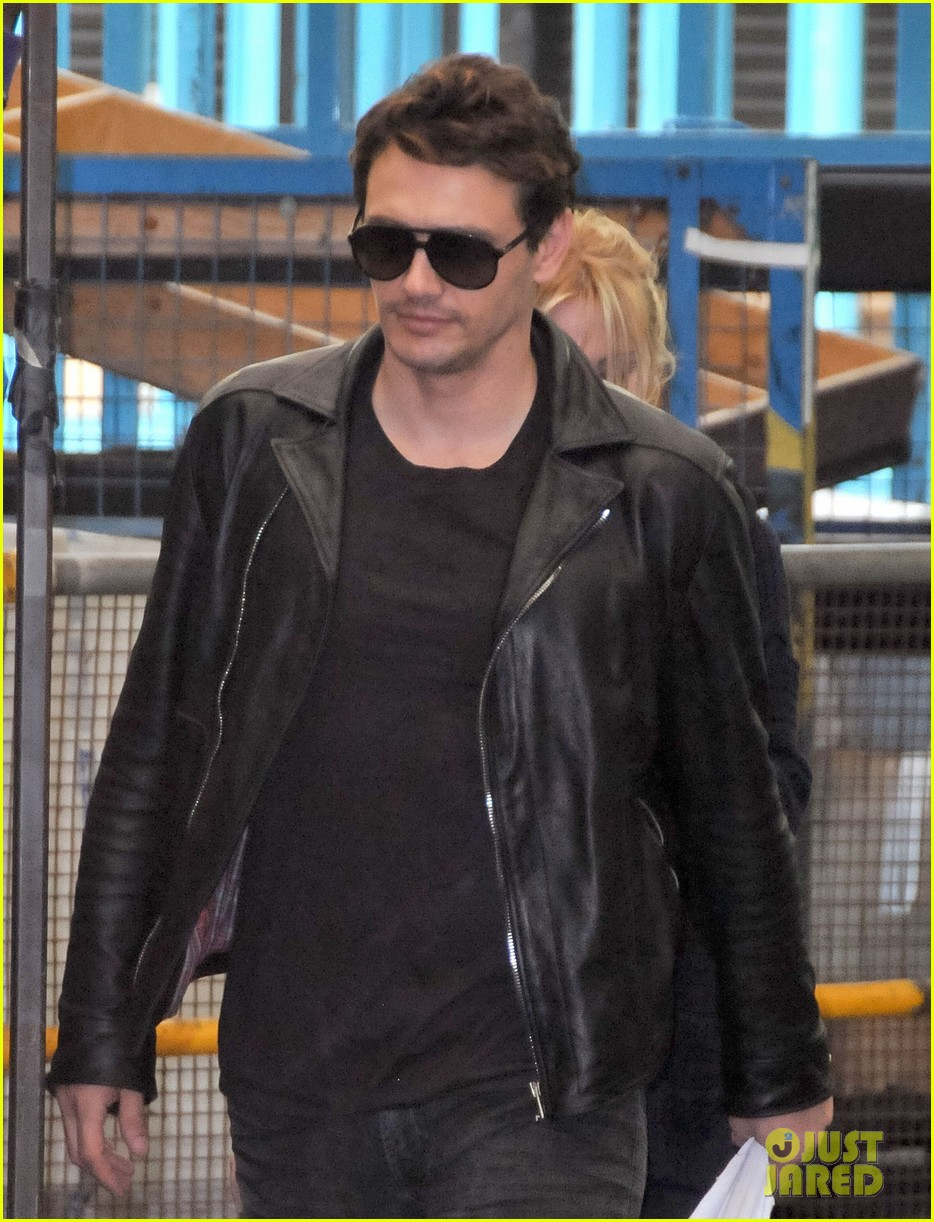 james franco shows off arms in tank top for good people 022904020