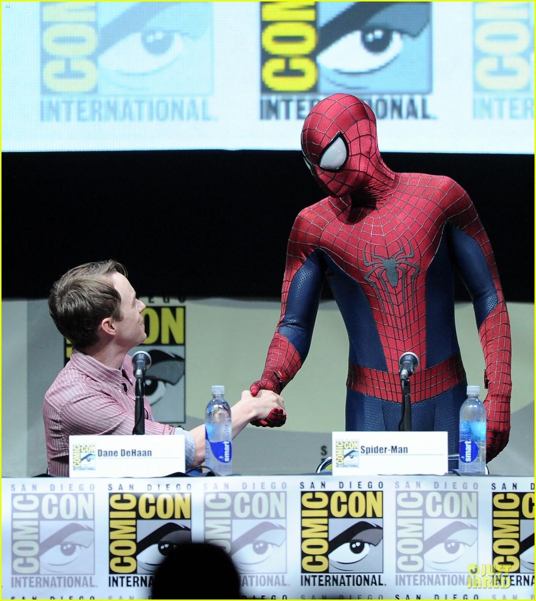 Andrew Garfield Jamie Foxx Amazing Spider Man 2 At Comic Con Photo 2912685 2013 Comic Con Amazing Spider Man 2 Andrew Garfield Dane Dehaan Jamie Foxx Pictures Just Jared