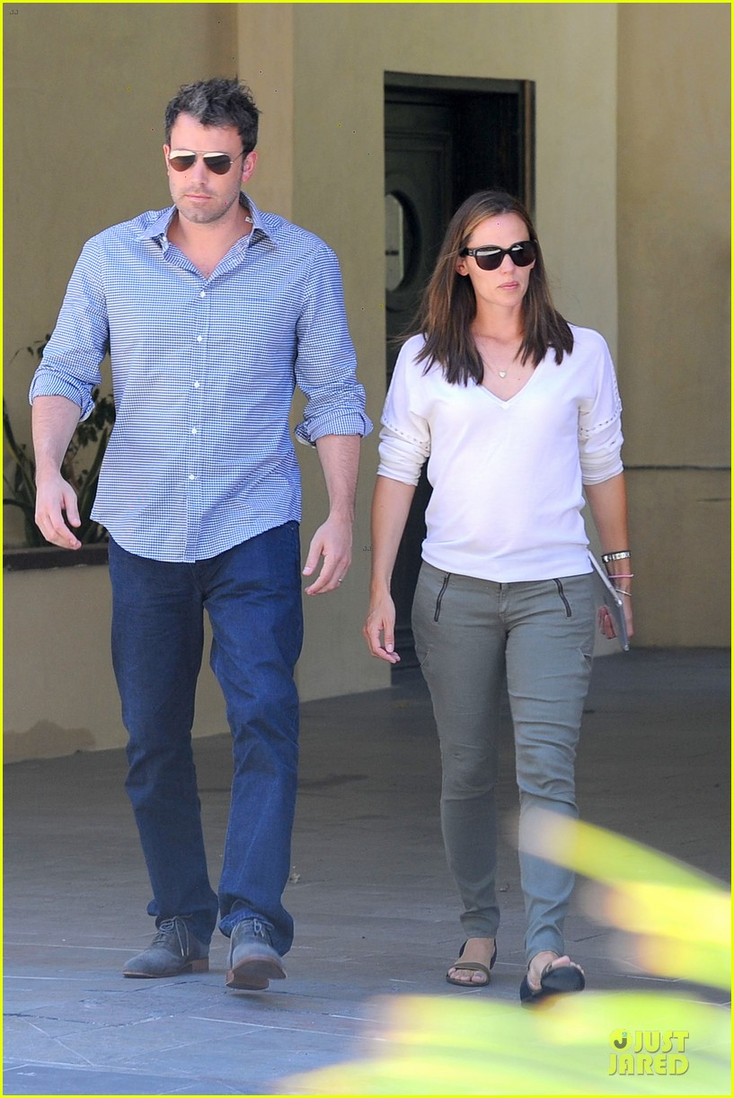 jennifer garner ben affleck lawyers office after max mara news 032910485