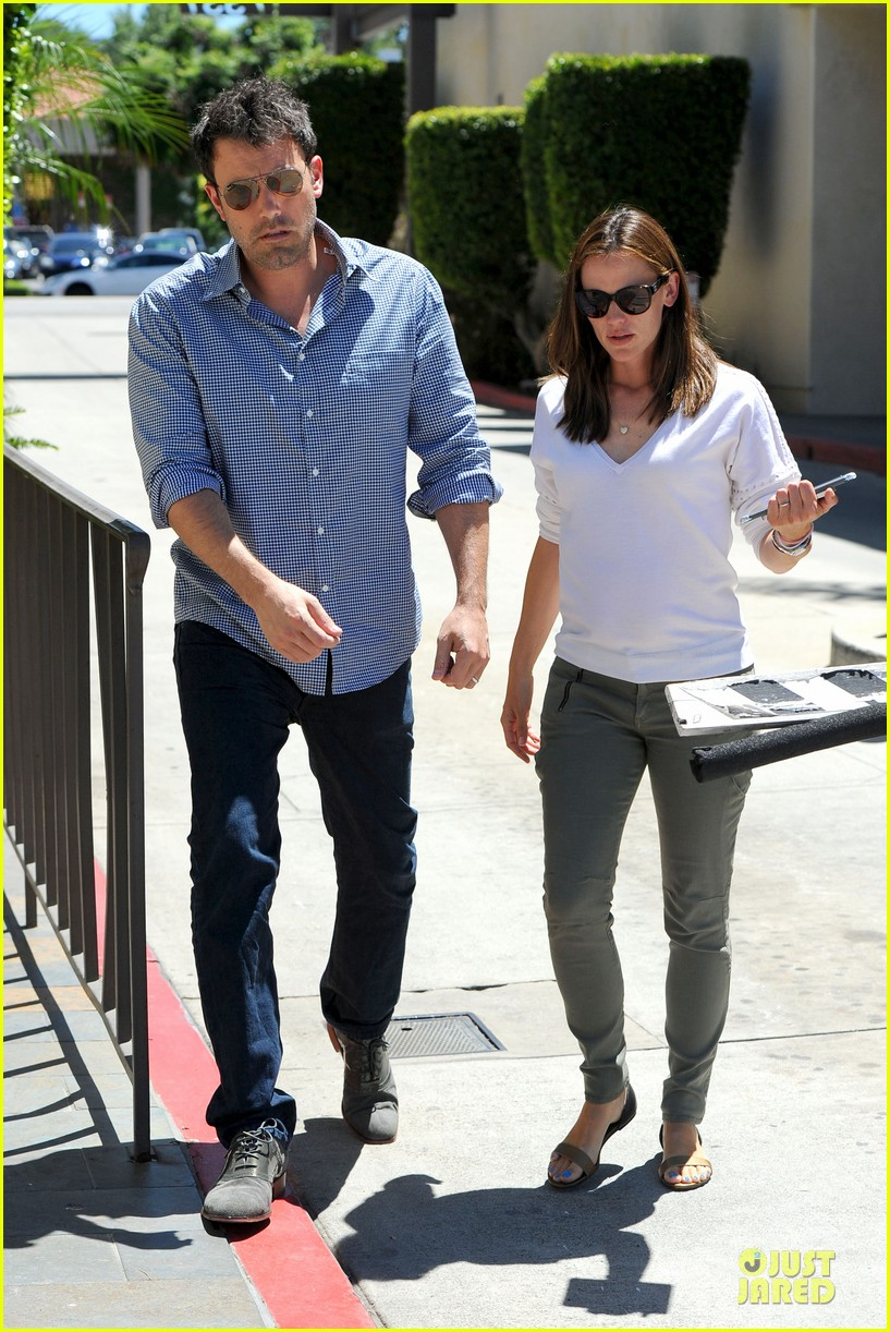 jennifer garner ben affleck lawyers office after max mara news 052910487