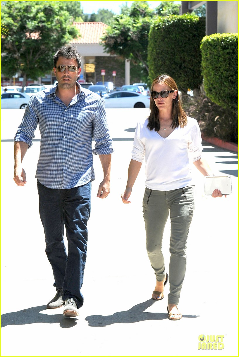 jennifer garner ben affleck lawyers office after max mara news 162910498