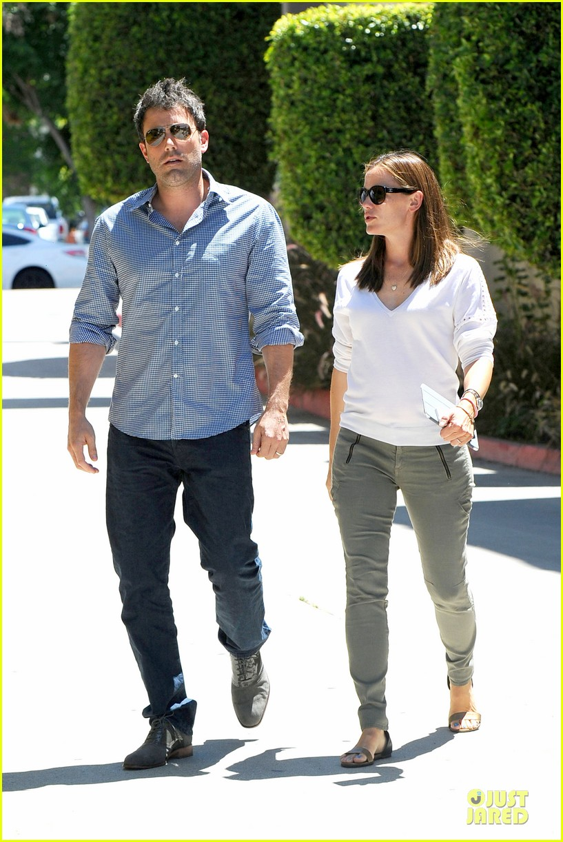 jennifer garner ben affleck lawyers office after max mara news 172910499