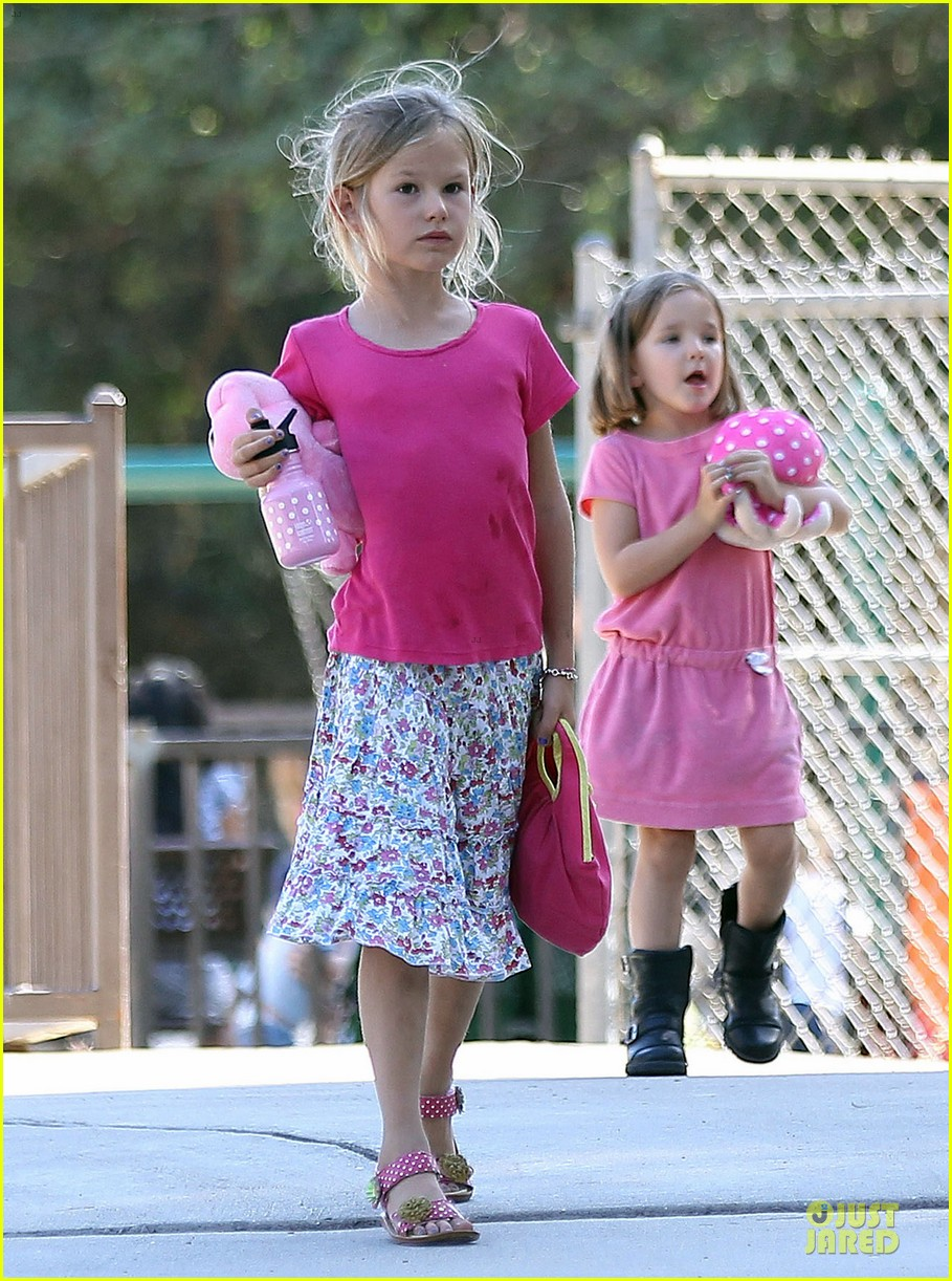 jennifer garner kids park date after jimmy kimmel wedding 042910027