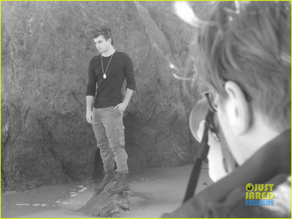 garrett clayton jj spotlight behind the scenes 042915195