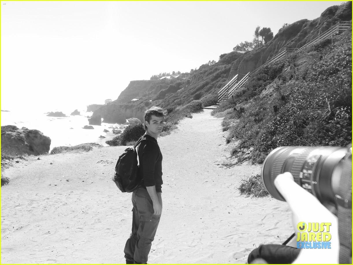 garrett clayton jj spotlight behind the scenes 072915198