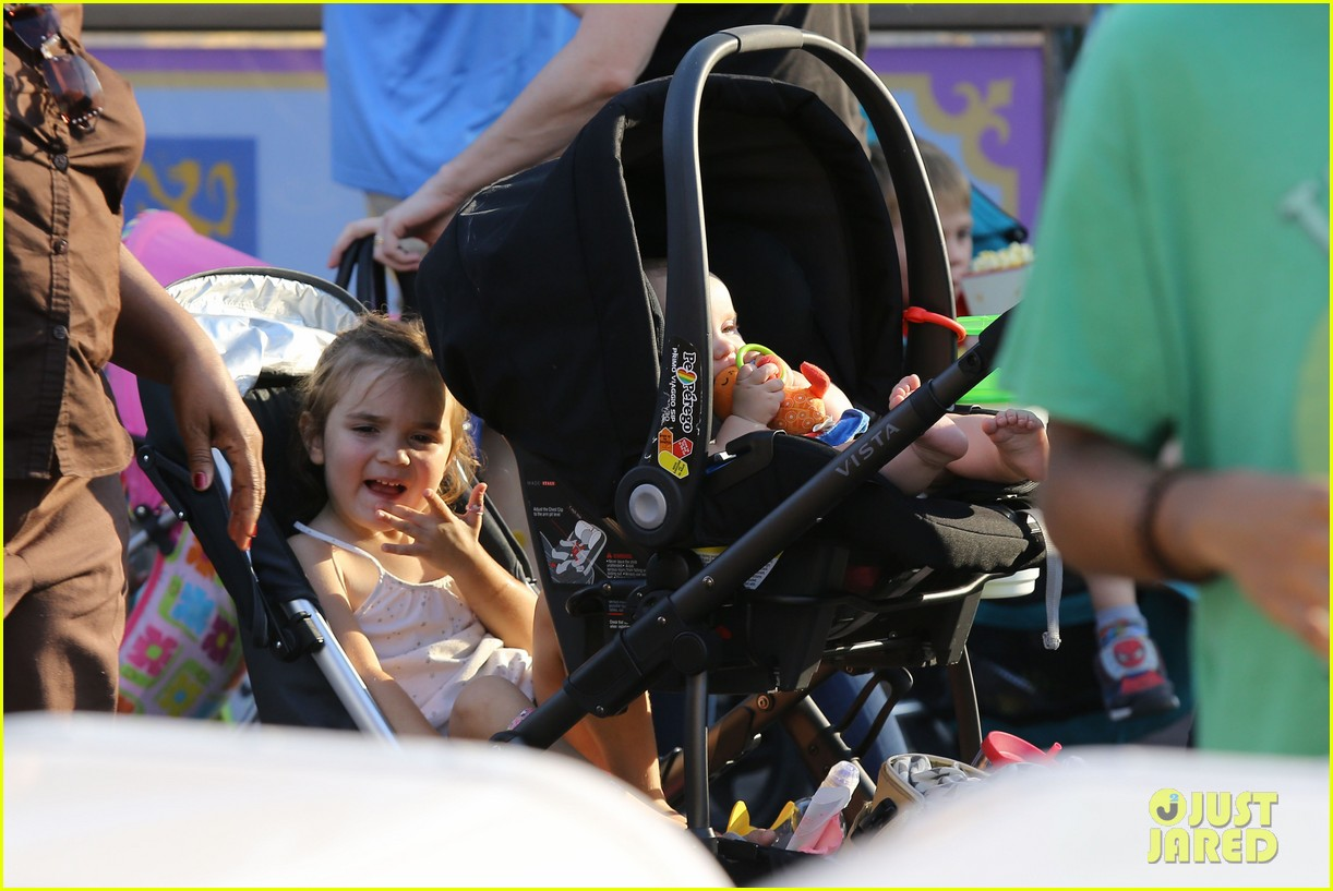 cam gigandet debuts baby rekker on family disney trip 182902547