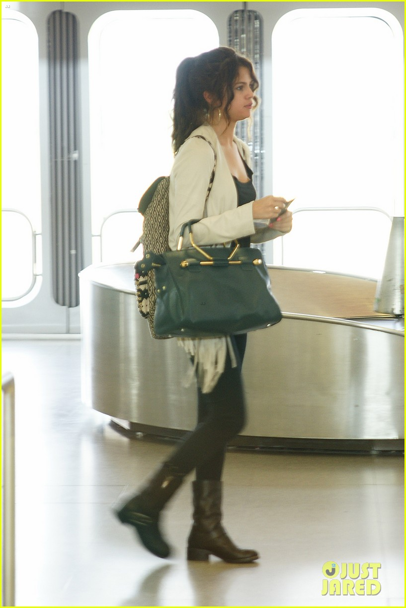 selena gomez catches flight to attend adidas neo launch 02