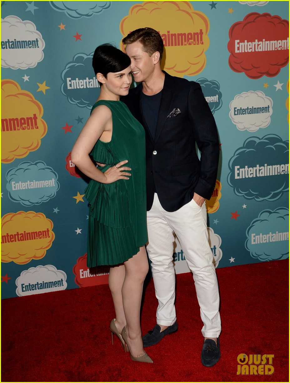 ginnifer goodwin josh dallas once at ew comic con party 242913676